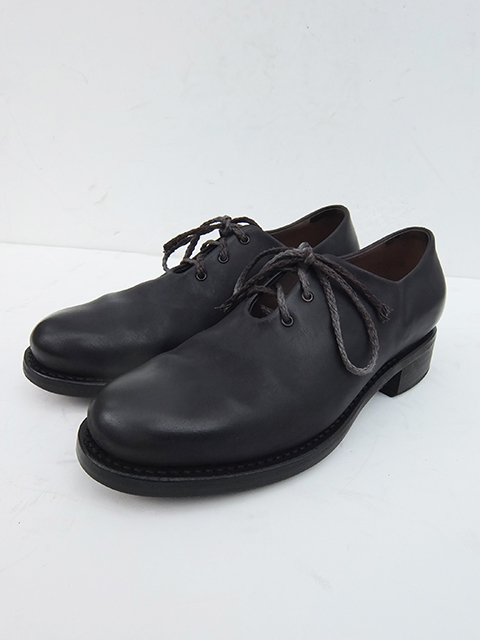 Cherevichkiotvichki One Piece Derby Shoes BLACK MATT (1)