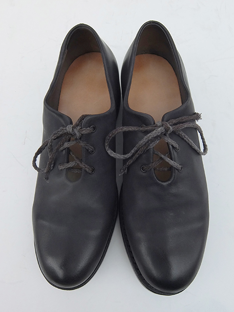 Cherevichkiotvichki One Piece Derby Shoes BLACK MATT (5)
