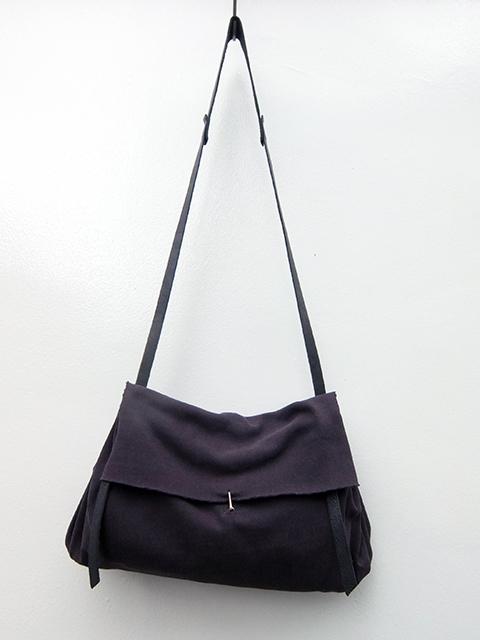 m.a+ medium expandable accosion bag BLACK (1)